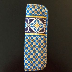 "Vera Bradley ""Rivera Blue"" Curling/ Flat Iron Case"
